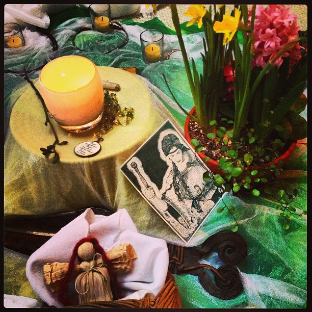 spring-altar